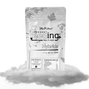 andinotech-marihuana-green-house-powder-feeding
